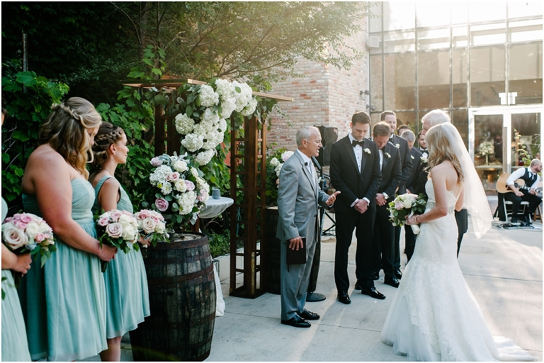 Stephen Kelsey City Winery Wedding West Loop Chicago Art Insute Garden Jasmine Nicole Photography